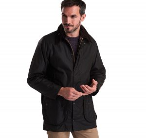 MWX0002OL71_AW19_front_model